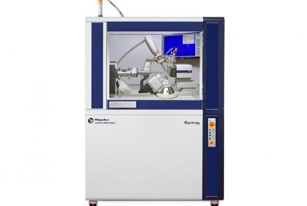 Versatile single crystal X-ray diffractometer